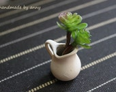 Dollhouse Flowers - Mini Echeveria in terracotta flower pot - Miniature - Annygirl