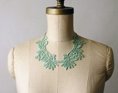 lace peter pan collar necklace - ANNABELLE- bright green - detachable collar - whiteowl