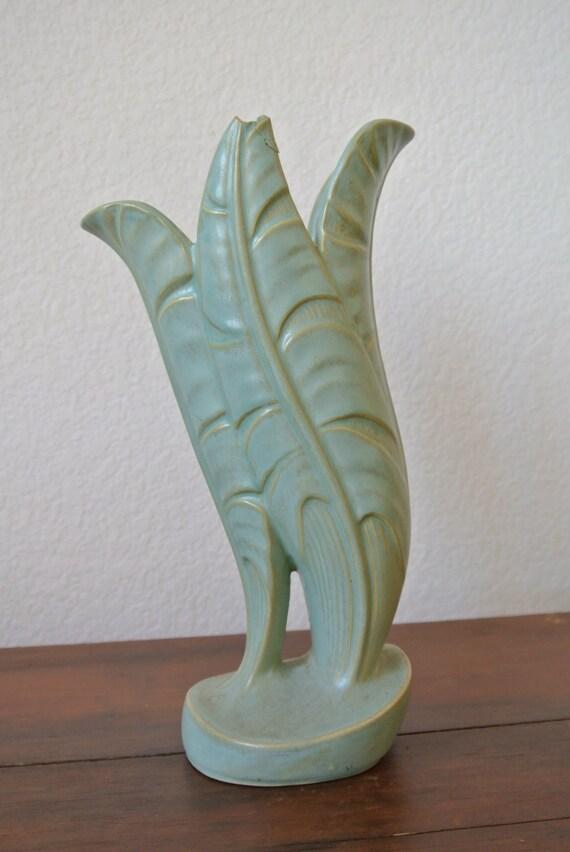 EEstates Modernist Roseville Vase Capri