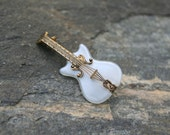 Vintage Guitar Pin/Brooch marked Spain - LilaRoseBoutique