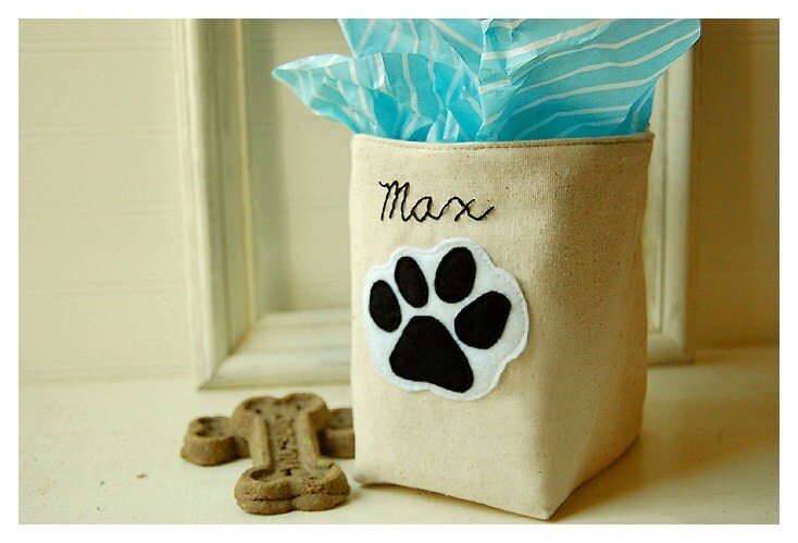 https://www.etsy.com/listing/124841059/dog-cat-pet-box-personalized-paw-hand