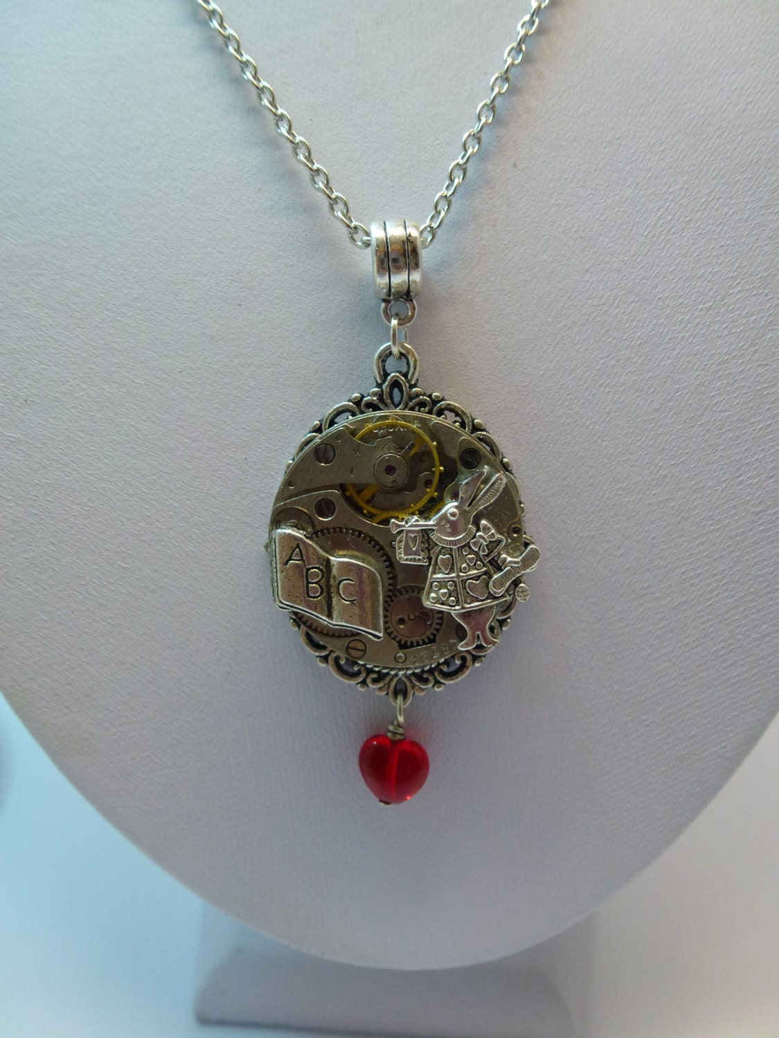 how to make a steampunk necklace