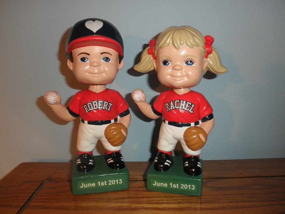 bobble head wedding cake toppers
