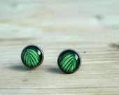 Green leaf earrings studs post -nature jewelry - cabochon earrings small ear studs- glass dome - botanical jewelry - ShoShanaArt