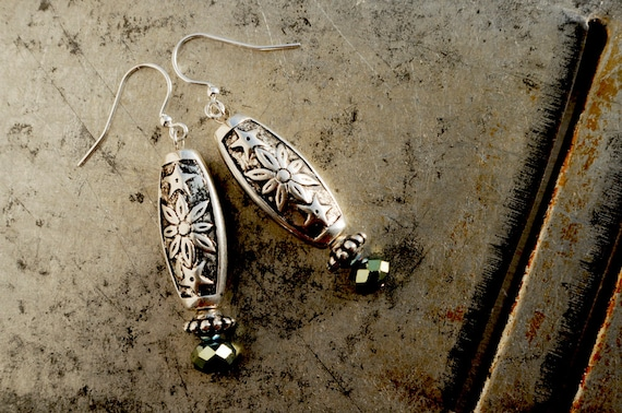 Silvery dangle earrings
