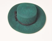 30% Off Spring Sale VINTAGE 80s hunter green wool felt braided trim wide brim boho western hat