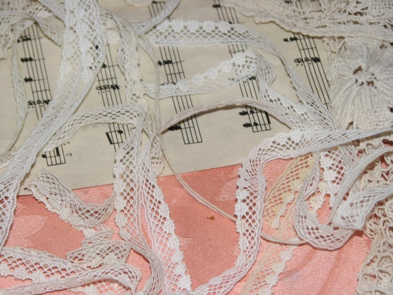 3yds of Vintage Lace