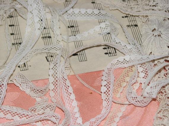 3yds of Vintage Lace