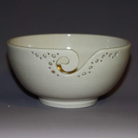 Yarn Bowl / Knitting Bowl / Crochet Bowl / White Yarn Bowl / 6 inch Yarn Bowl / Ready to Ship