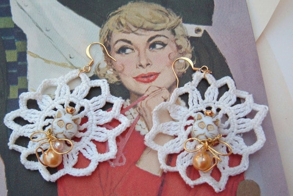 White Cat dangler earrings vintage recycled crochet