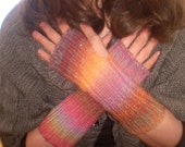Finger Free Mitts - Fingerless gloves in 'Tequila Sunrise' - theKnitChix