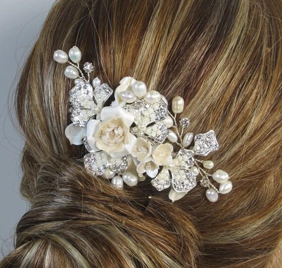 Pearl Flower Bridal Comb, Bridal hair comb, Wedding hair accessories, Bridal Headpieces, Rhinestone hair comb bridal