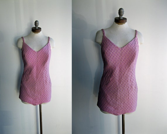 1950's Women's Lane Bryant Lilac Lavender Purple Textured One Piece Bathing Suit Pin Up Large Plus Size