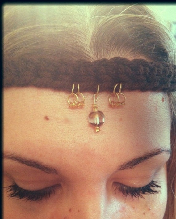 Hippie headband, indian tikka, gypsy style head band chain. Gold and copper glass beads pendants. Gold head chain. Hair jewelry. Bohemian.