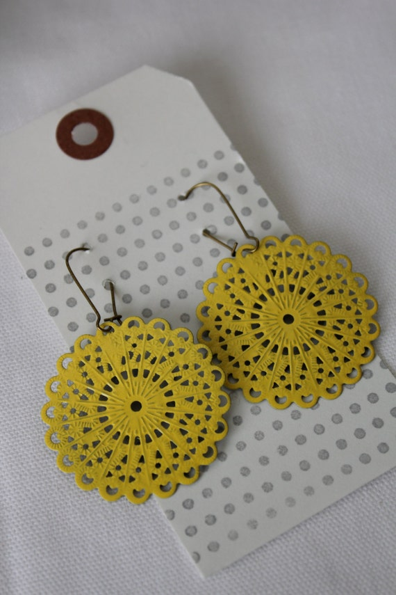 "The ""MELODY"" Yellow Medium Scallop Round shaped Filigree Earrings - Ultra Lightweight - Ultra Chic"