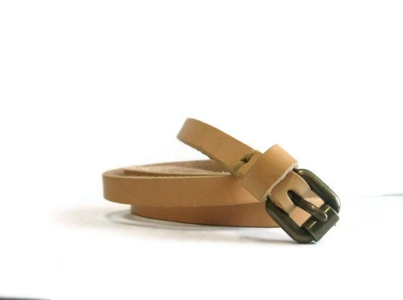 Slim natural vegetable tanned  leather belt