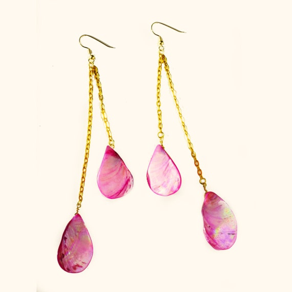Pink Sunset - Gold chain and Pink Shell Earrings