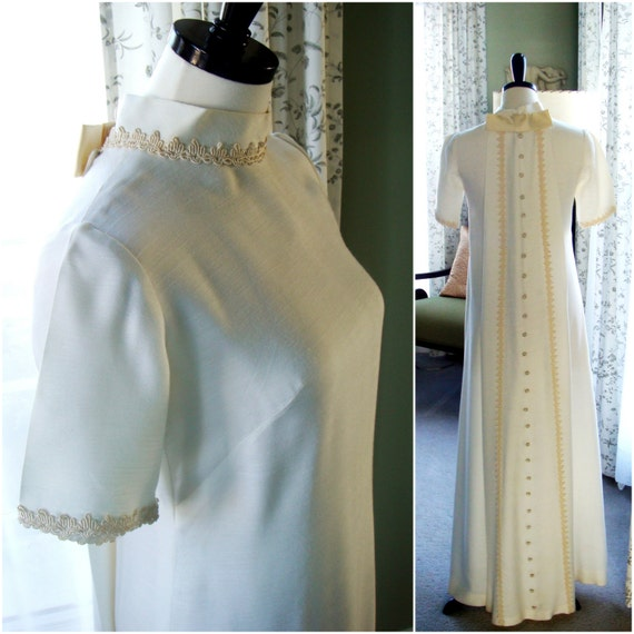 Vintage 1960s Wedding Dress with Train, Ivory White Dress Full Length, Bride, Formal Dress, Linen Size S