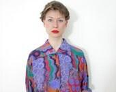 50% SALE Vintage shirt / color waves 80s oversized button up / size M-L - nemres