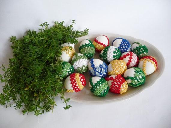 Easter Eggs decor - Egg basket tatting - Home decor - Easter Decor - 3 eggs basket
