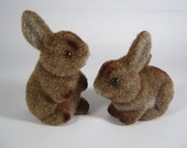 SALE Vintage Flocked Easter Bunnies - Pair of Brown Flocked Easter Rabbits - Brown Felted Rabbits - PherdsFinds