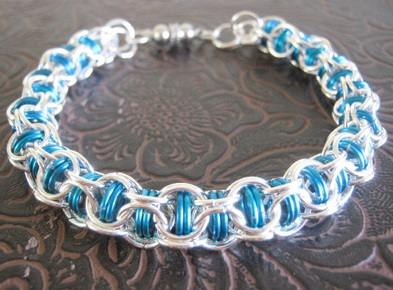 Waves Chainmaille Bracelet