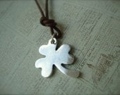 Niall Horan Inspired Shamrock Necklace - forevercreativity