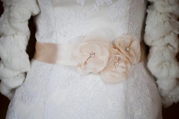 Wedding bridal sashes ribbon Blush Champagne romantic 3 chiffon flowers corsage rhinestone weddings accessories new classic bridesmaids