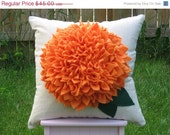 "FLASH SALE Ready to Ship --- 16"" Zinnia Pillow in Sunburst"