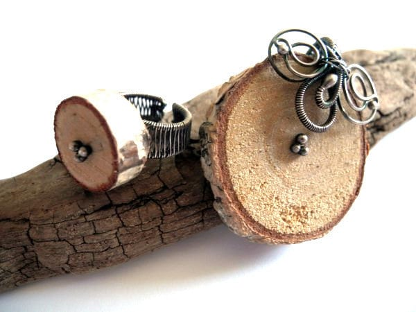Birch wood slice silver necklace and ring set, woodland rustic jewelry, wire wrapped, geometric jewelry, circle ring pendant - NurrgulaJewellery