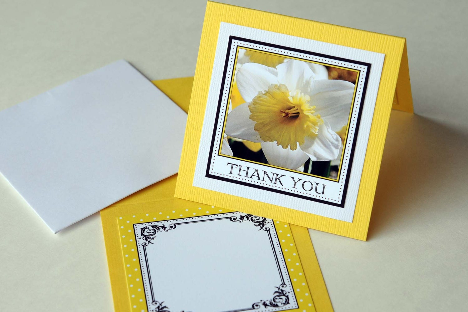 "3x3"" Square Thank You Tent Card - Yellow Daffodil - sjensenphoto"
