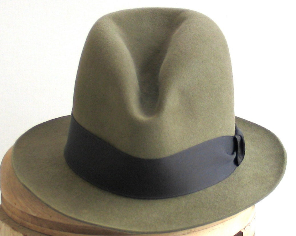 Green Felt Fedora Hat- Men's Hat- Winter Accessories- Fall Fashion- Mad Men.