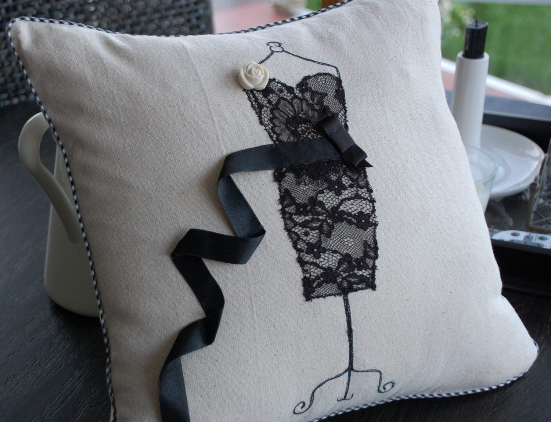 Платье от подушки крышки