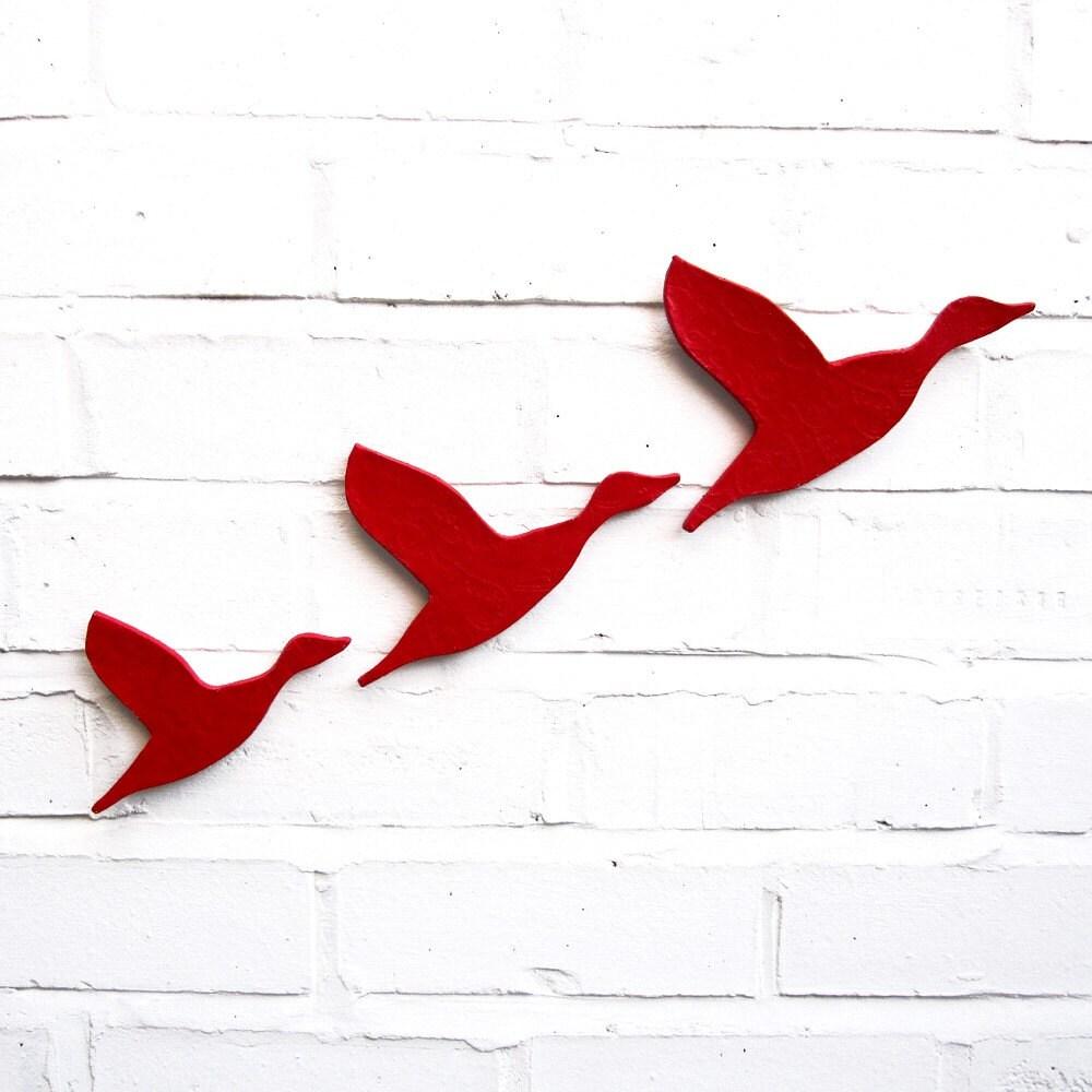 Ceramic wall art Flying ducks Flock Set of three bright scarlet red flying ducks Home decor Wall ornament Modern retro artwork - PrinceDesignUK