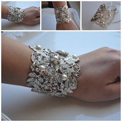 Bridal Cuff Bracelet,Swarovski Crystal Pearl,Vintage Style Cuff,Filigree Cuff,Silver cuff,Rhinestone Cuff, Wedding Cuff Bracelet,Ivory