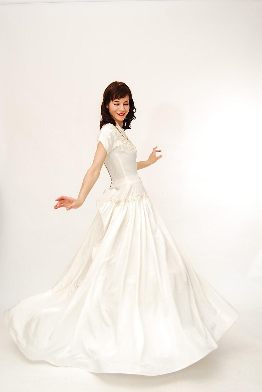Vintage wedding dresses sale cheap wedding dresses for Vintage wedding dresses sale
