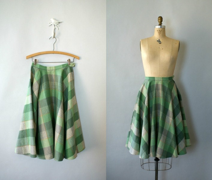 Vintage 1950s Pendleton Wool Green Buffalo Check Plaid Circle Skirt