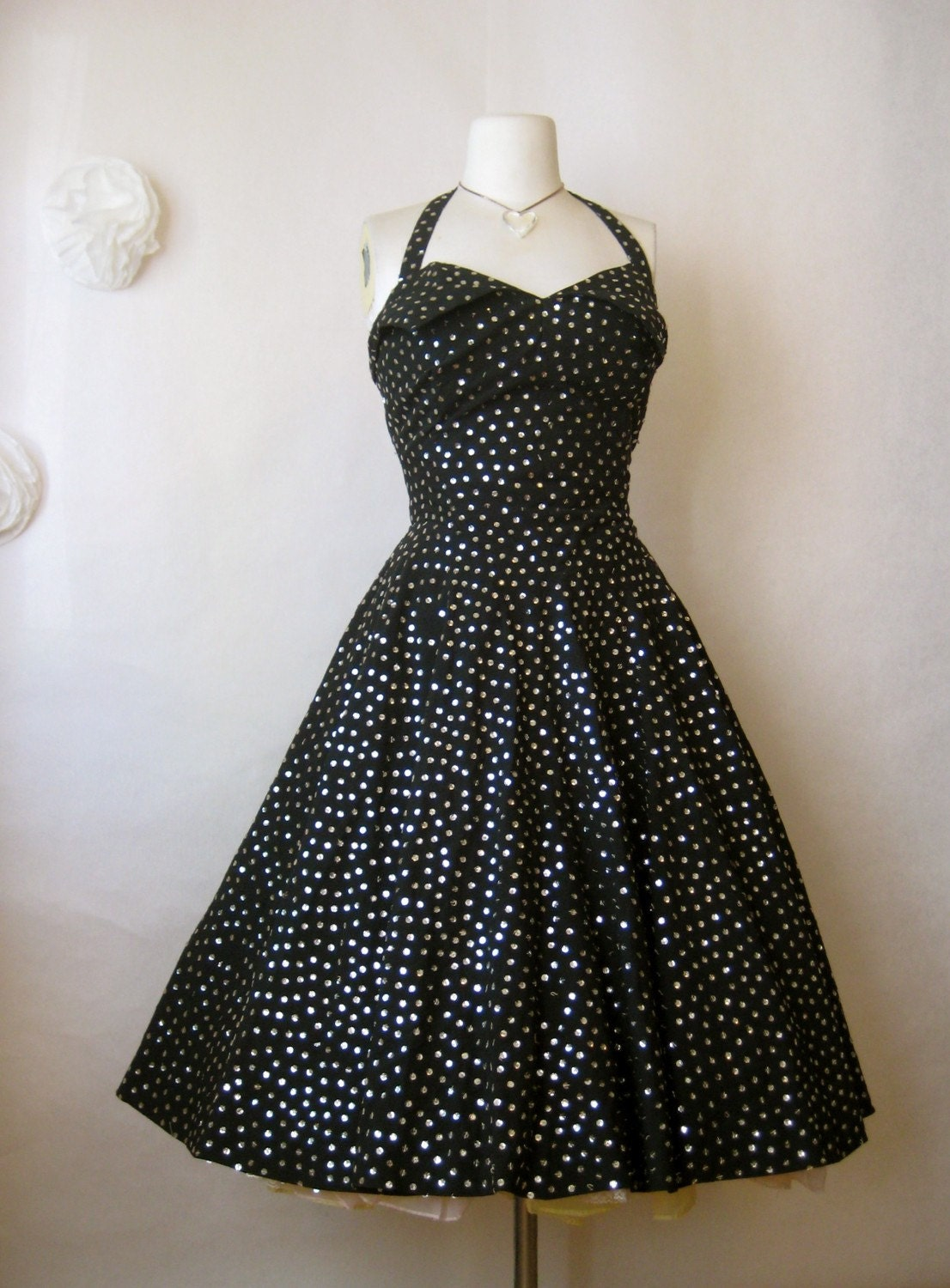 dazzling vintage 1950s dress. sequins circle mexican party gown. starry night black silver petal bust.