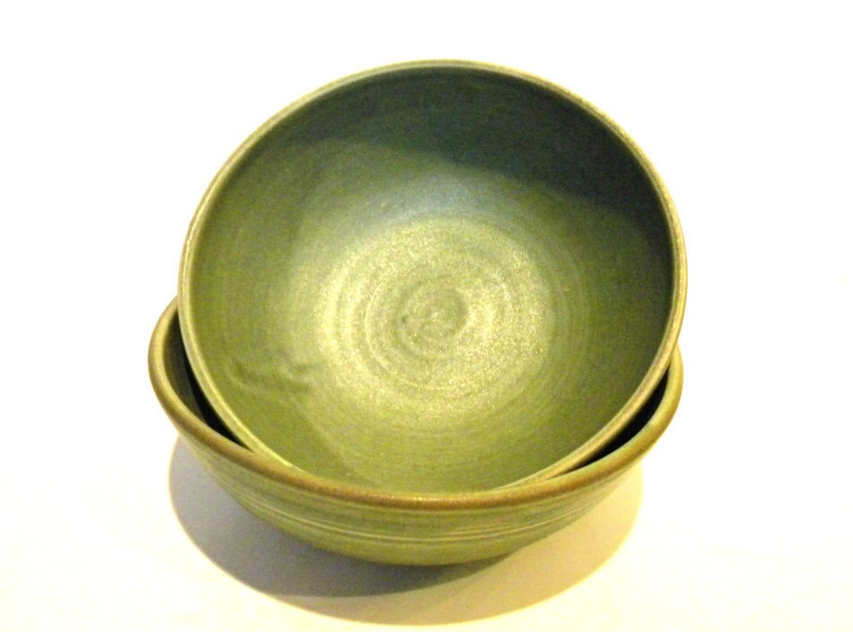 "6"" Handmade Bowl-- Olive Green- Hand crafted pottery-- for soup / cereal / salad from CrutchfieldPottery on etsy.com"
