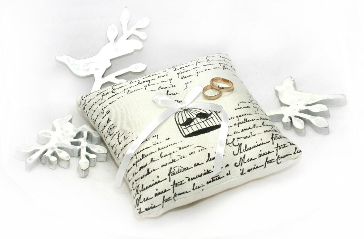 Ring Bearer , Ring bearer pillow , Wedding pillow, Customizable Ring Bearer - MyHouseOfDreams