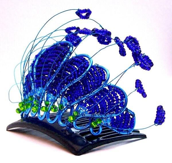 Peacock tiara, handmade - gringrimaceandsqueak