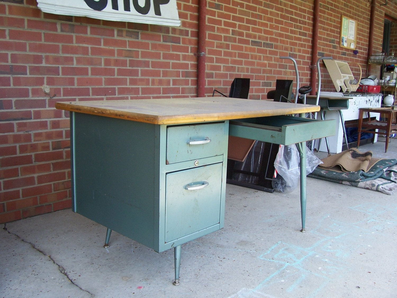 Old Metal Desk Viewing Gallery