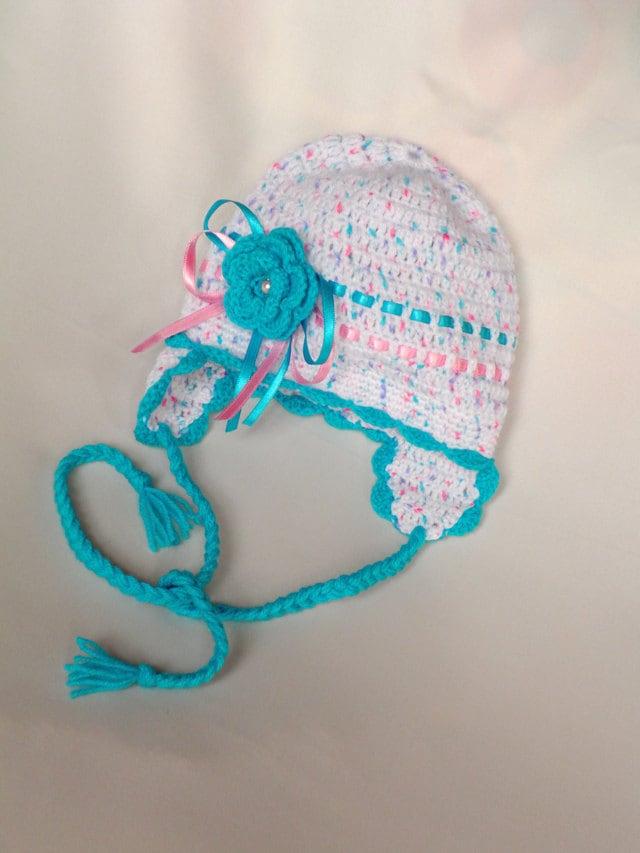 کلاه نوزاد Crocheted با گوش و دکوراسیون زیبا