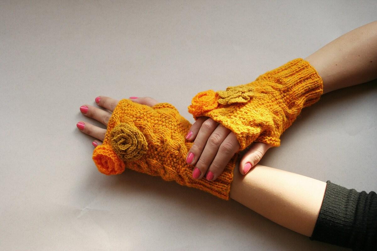 دست مد کشباف دستکش و زمستان ، گل ، نارنجی