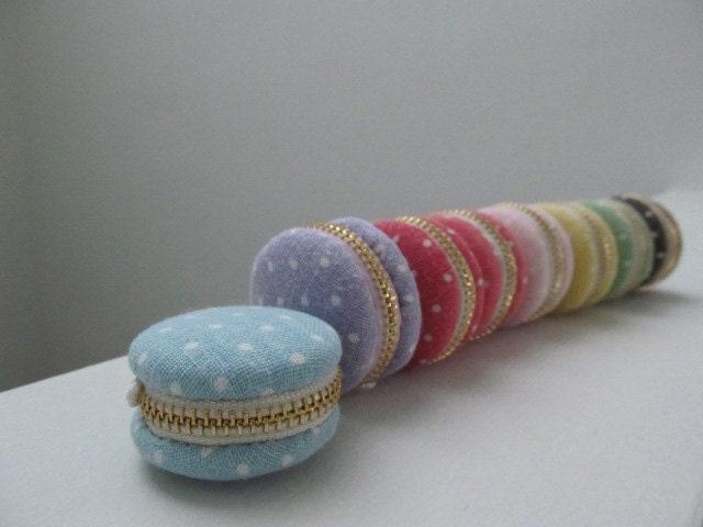Custom listing -- Pre-order   3.8cm Macaroon Linen Trinket Box, Jewellery Box, Keepsake Boxes, Handphone Charm, Bag Charm