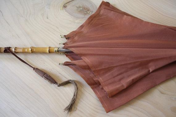Vintage Italian UMBRELLA. ROSE MAUVE parasol. Bamboo handle - LaSartoria