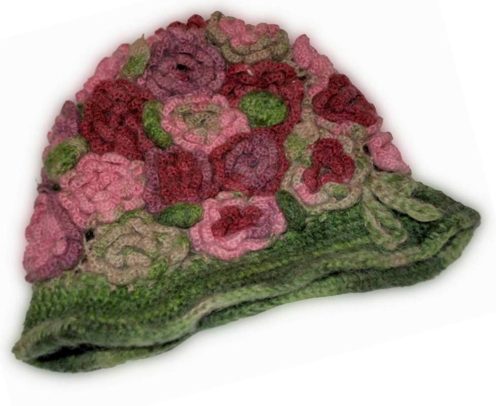 Ladies' hat with crochet flower, Women Winter Crochet Hat, Women Beanie, , Hat with flower, Green Chunky beret