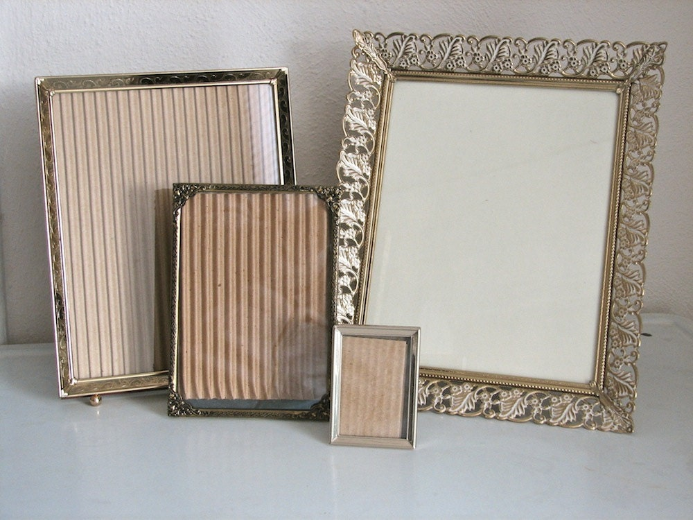 Vintage Metal Frame Set