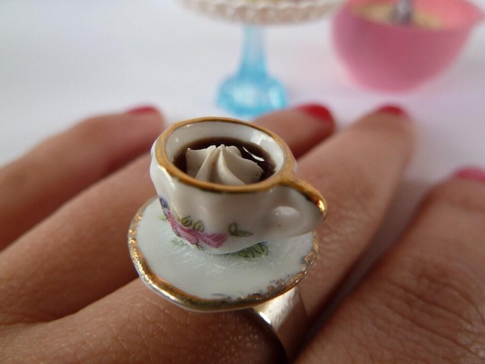 Alice In Wonderland Coffee Ring