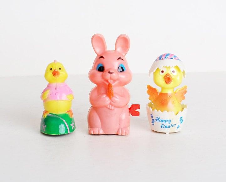 Vintage 60s MOD Hard Plastic Easter Toys Windup Lot - twinheartsvintage
